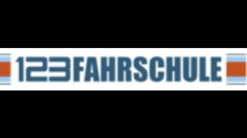 Middle 123fahrschule logo