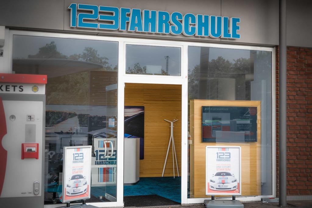 Full 123fahrschule gelsenkirchen fuhrerscheinklasse bf17